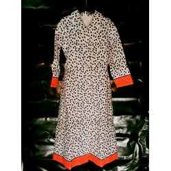 Ladies dressing gown with buttons flowered